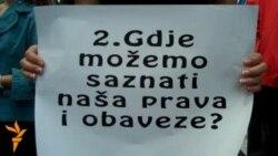 """Sarajevo: ulična akcija """"Šuti i trpi"""""""