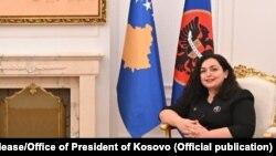 вршителот на должноста претседател на Косово Вјоса Османи