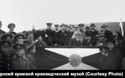Ф. Нансен, И. Г. Лорис-Меликов, С. В. Востротин на Сокольской площадке. Красноярск