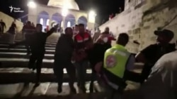 Більше двохсот осіб постраждали в зіткненнях поліції з палестинцями в Єрусалимі (відео)