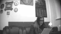 Видео опроса Маргариты Стениной в отделе ФСБ в Красноярске