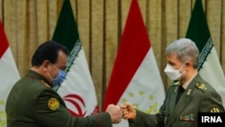 Министр обороны Таджикистана Шерали Мирзо в Тегеране, 8 апреля 2021 года