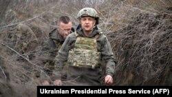 Украина президенти Володимир Зеленский, Мариуполь, 2021 йил 9 апрели