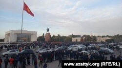 Митинг в Бишкеке 9 октября 2020 года. Иллюстративное фото.