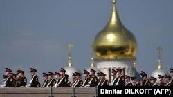 Очікується, що в параді на Красній площі візьмуть близько 13 тисяч військовослужбовців