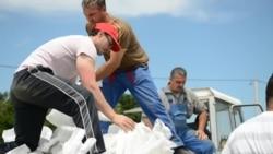 Orašje: Volonteri brane grad