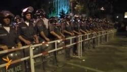 Armenii continuă protestele împotriva scumpirii prețului la electriciatte