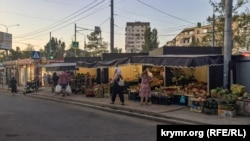 Нестационарные торговые объекты на проспекте Октябрьской революции