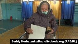 На виборчій дільниці в 50 окрузі, Покровськ, 28 березня 2021