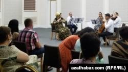 Türkmenistanyň Döwlet simfoniki orkestriniň kamera konserti, 31-nji iýul, Aşgabat