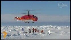 Заблокований у кризі Антарктики російський теплохід вирвався з полону