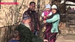 """""""Девочка – это отрезанный ломоть"""". Почему женщины в Таджикистане боятся отстаивать свои права"""
