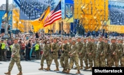 U.S. Army personnel march in a military parade marking Ukraine's Independence Day in Kyiv in August 2018.