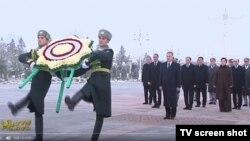 "Döwlet TW-si Türkmenistanyň Bitaraplygynyň 25 ýyllyk baýramynyň ýurtda ""giňden dabaralandyrylandygyny"" habar berdi."