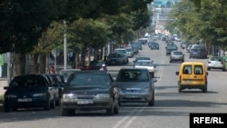 Ежегодно около 60 тысяч человек в Грузии получают водительские права и далеко не каждый имеет представление о том, с какими трудностями он столкнется на дороге в реальной жизни
