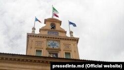 Steagul Republicii Moldova pe reședința prezidențială de la Roma, 18 iunie 2021