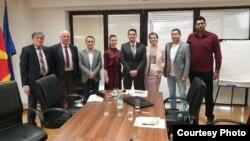 Презентација на проектот кај министерот за животна средина Насер Нуредини. Станко Илиќ - Попов (десно), Љупчо Аврамовски (Лево) до него инвеститорот Џевит Сула и експертскиот тим.