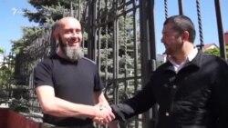 Задержанного крымского активиста Изетова отпустили из «Центра Э» (видео)