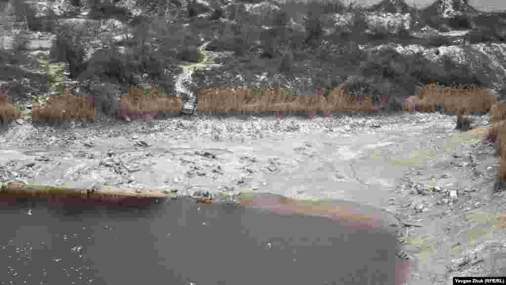 Вода отступила на десятки метров
