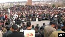 Ош шаарындагы элдик курултай, 19-март 2005-жыл.