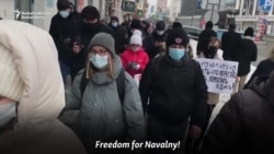 Russian Protesters Brave Detentions, Freezing Cold In Siberia, Far East