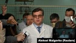 Aleksandr Murakhovsky ,care l-a tratat pe Navalnîi în august 2020, este de negăsit.