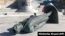 У світі зносять пам'ятники слідом за антирасистськими демонстраціями (фоторепортаж)