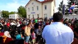17.09.2015 Илјадници мигранти се упатуваат кон Хрватска