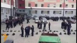 Kuvendi blindohet nga policia