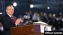 Президент Шавкат Мирзиёев Ўзбекистон мустақиллигининг 30 йиллигига бағишланган маросимда, Тошкент, 2021 йил 31 августи