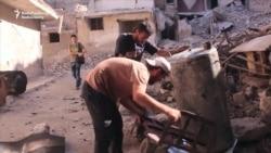 DIY Under Siege: Aleppo Residents Turn Plastic Into Fuel