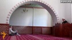 В крымских мечетях в Рамазан мукабеле Корана проводят чтецы из Турции