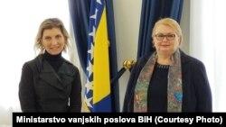 Laura Lungarotti i Bisera Turković, Sarajevo (5. februar)