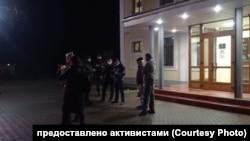 Сотрудники полиции, которые задерживали Олега Мандрыкина
