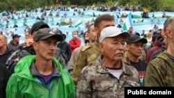 Абдрахман Валидов на флешмобе в защиту Куштау