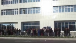 Aşgabat: Dollar nobatlary