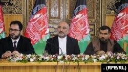 در این نشست هارون چخانسوری، وزیر معادن و پطرولیم، اجمل احمدی، سرپرست دافغانستان بانک و احمد داوود نورزی رئیس شرکت برشنا هم اشتراک کردند.