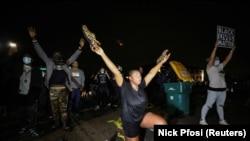 Протестная акция в Бруклин-Сентер