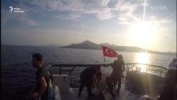 12 мігрантів потонули біля західного узбережжя Туреччини. Сили турецької берегової охорони врятували 31 людину – відео