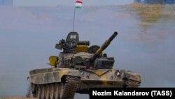 Таджикский танк, архивное фото