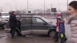 Акимат против «бомбил». Власти призывают таксистов встать на учет