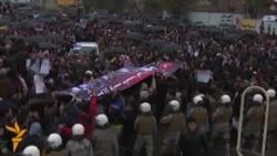 Погреб на убиена девојка во Таџикистан, протест во Авганистан