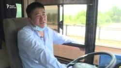 Был тамадой — стал водителем автобуса. Трансформации эпохи пандемии