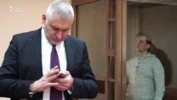 Суд оставил Романа Сущенко под арестом