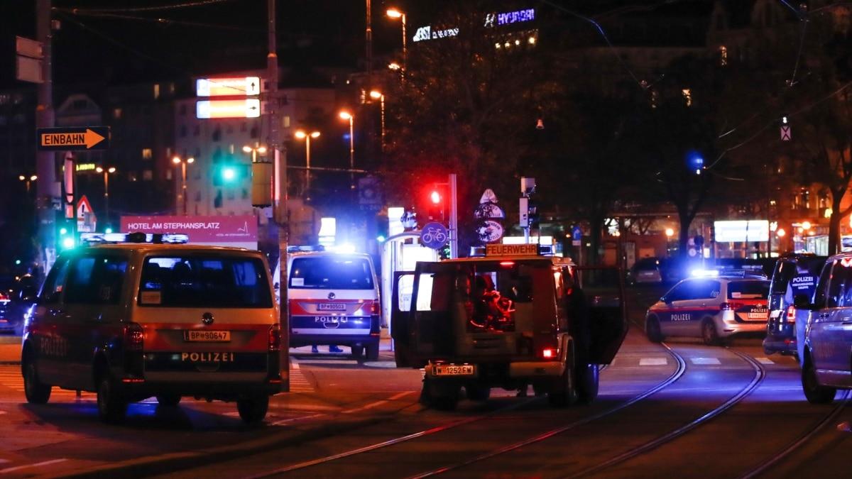 Újabb két embert tartóztattak le a bécsi merényletek miatt