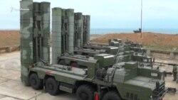 В Севастополе на боевое дежурство заступили ЗРК С-400 «Триумф» (видео)