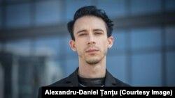 Alexandru-Daniel Țanțu, persoană care trăiește cu HIV în România.