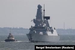 HMS Defender прибуває в Одесу, 18 червня 2021 року