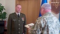 Волонтер із Литви отримав в Україні нагороду за допомогу пораненим бійцям АТО (відео)