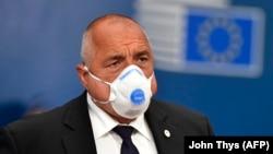 Бойко Борисов, както и министрите Кирил Ананиев, Десислава Танева и Петя Аврамова са поставени под карантина, след като са били контактни със заразеният с COVID-19 зам.-министър Николай Ненков